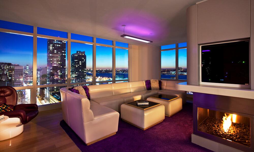 https://mk0hearthcabinej16d7.kinstacdn.com/wp-content/uploads/2020/07/VIP-Suite-Livingroom.jpg